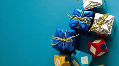 present boxes on different colors